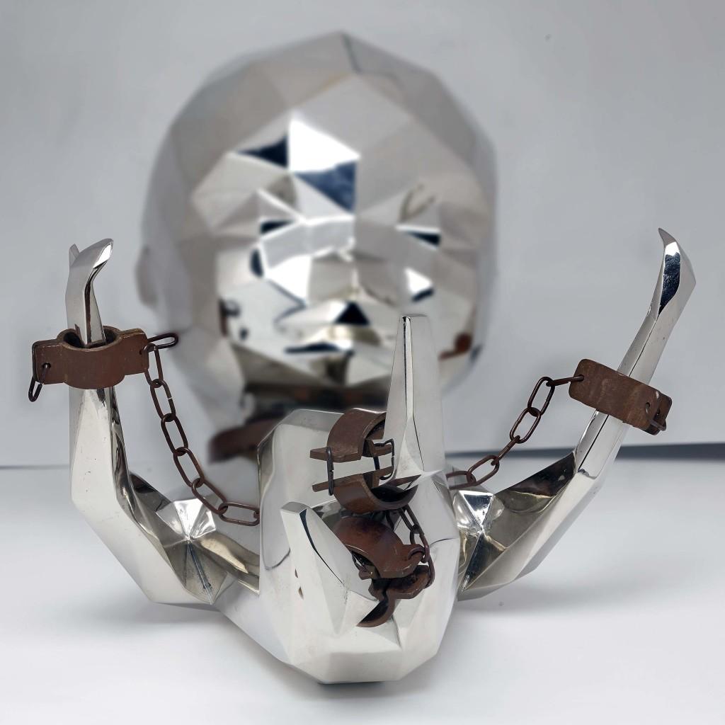 Daniele Basso - We Have a Dream - 45x30 cm, h 30 cm  - realizzata in Bronzo Bianco